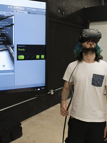 Student wears a VR headset
